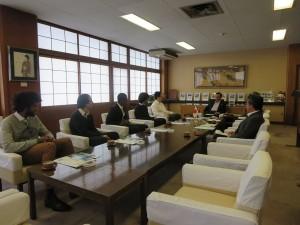 Visite courtoisie au maire d'OGAKI